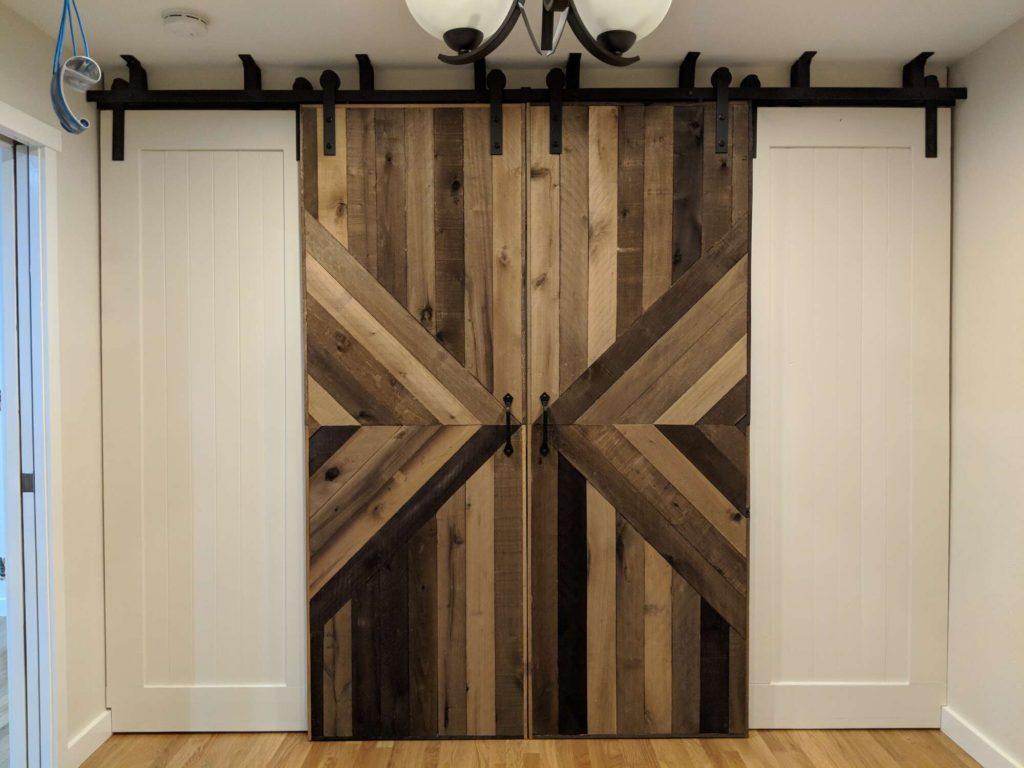 How To Build A Sliding Barn Door Closet Patchwork Pebbles